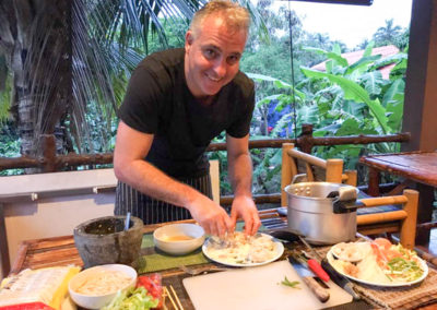 thai-cooking-classes-idjangs-kitchen-koh-tao-thailand-23