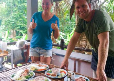 thai-cooking-classes-idjangs-kitchen-koh-tao-thailand-25