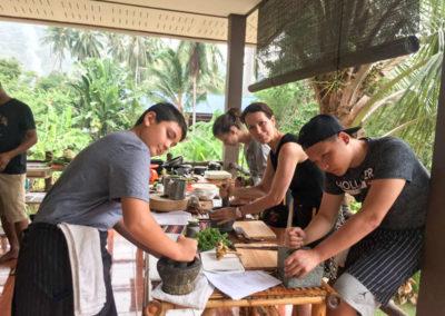 thai-cooking-classes-idjangs-kitchen-koh-tao-thailand-6